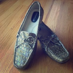 Sperry Top Sider Olive Croc Print Patent Loafer